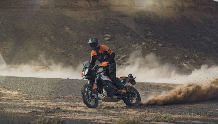 KTM 790 Adventure, BMW R1250GS & Honda Africa Twin in Europe