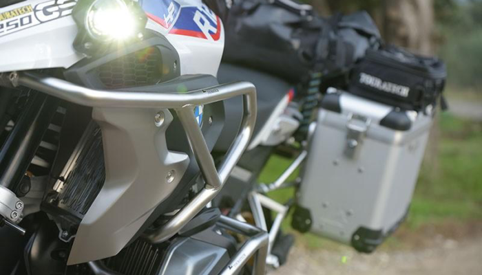 Installation: Touratech Upper Crash Bars/BMW R1250GS