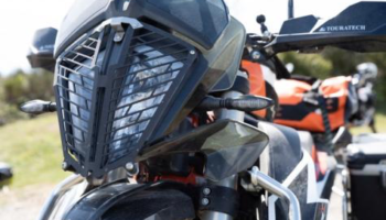 Installation – Touratech Quick-Release Headlight Guard for KTM 790 ADV/R