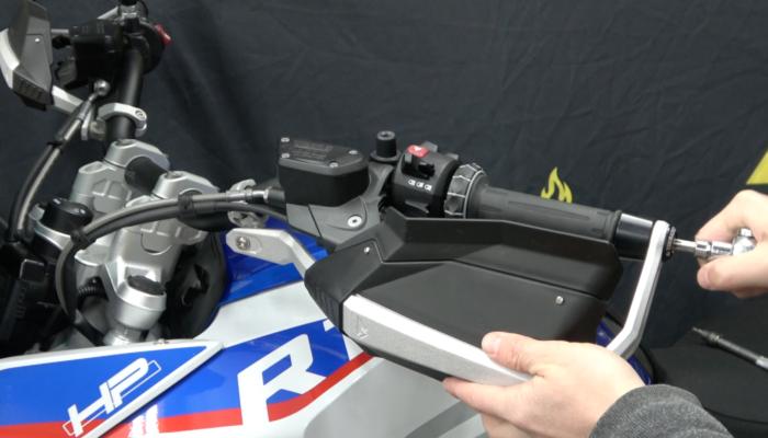 installation: Defensa Handguards – BMW R1250GS/GSA